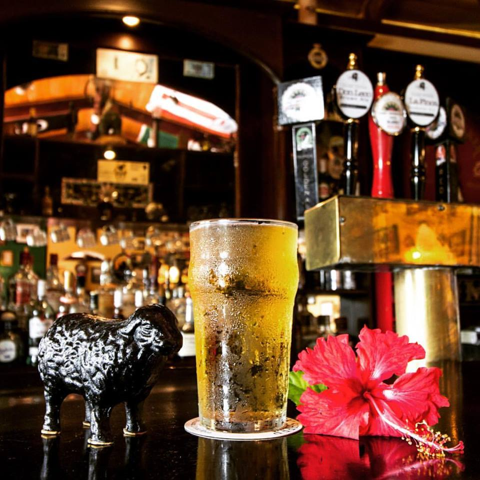 K-Raes Pub Nosara Black Sheep