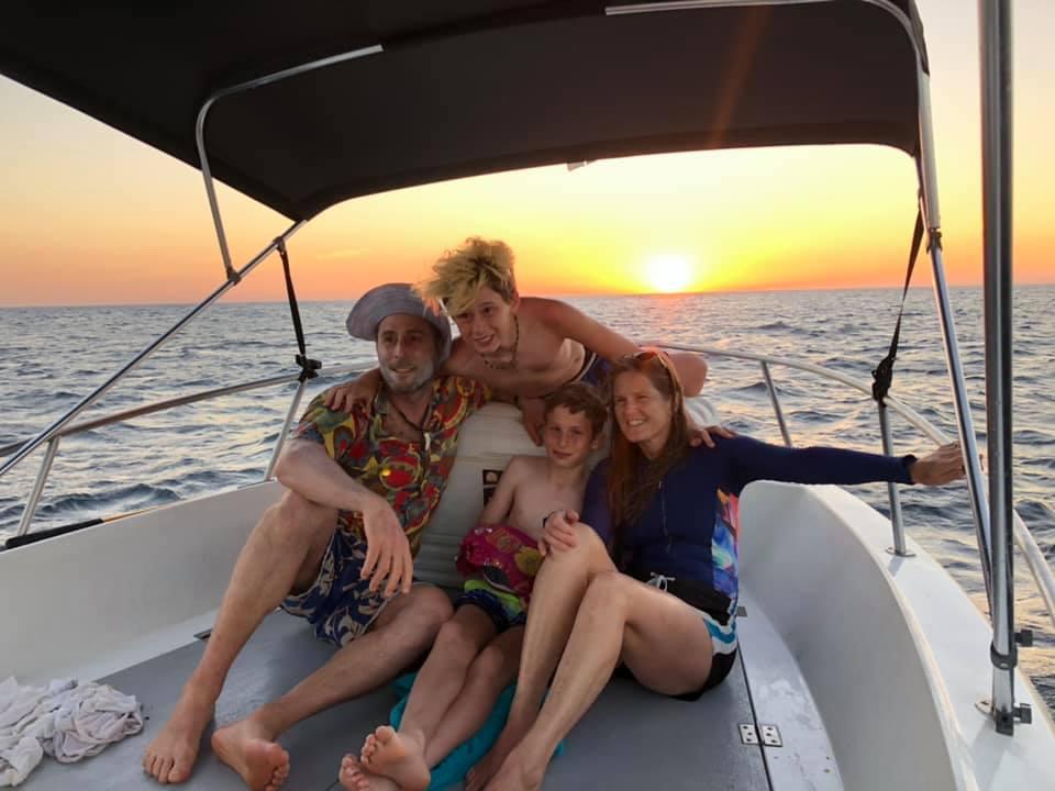Pink Island boat Tour nosara
